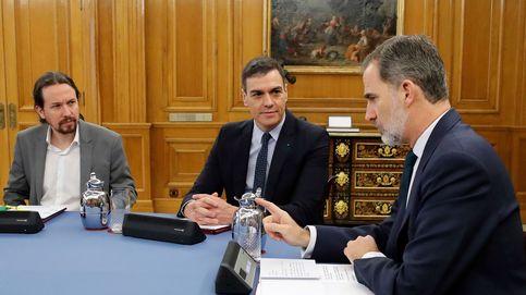 Sánchez busca salvaguardar la Corona en el rey Felipe VI y Podemos pide la República