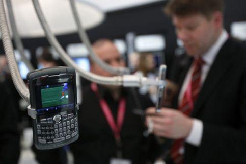 Obama, enganchado a su Blackberry