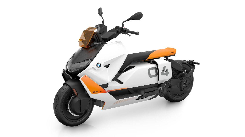El scooter eléctrico CE 04 cuenta con los modos de funcionamiento Eco, Rain y Road, más un cuarto programa, Dynamic, que es opcional.