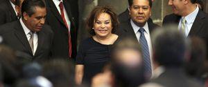 México destrona a la Maestra corrupta