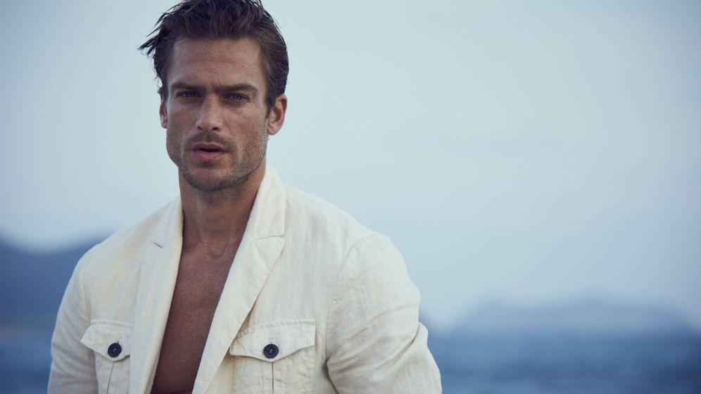 Foto: El modelo Jason Morgan como imagen de la campaña publicitaria de Acqua di Giò Absolu, de Giorgio Armani. (Cortesía)