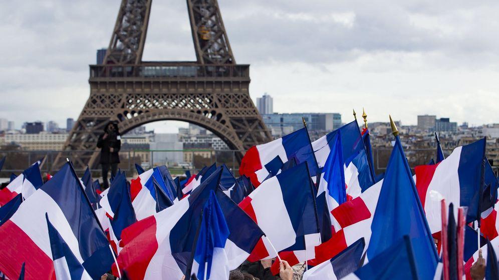 Foto: Banderas en París. (Reuters)
