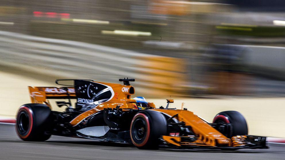 Un calvario sin fin: el McLaren de Alonso no da más de tres curvas en España