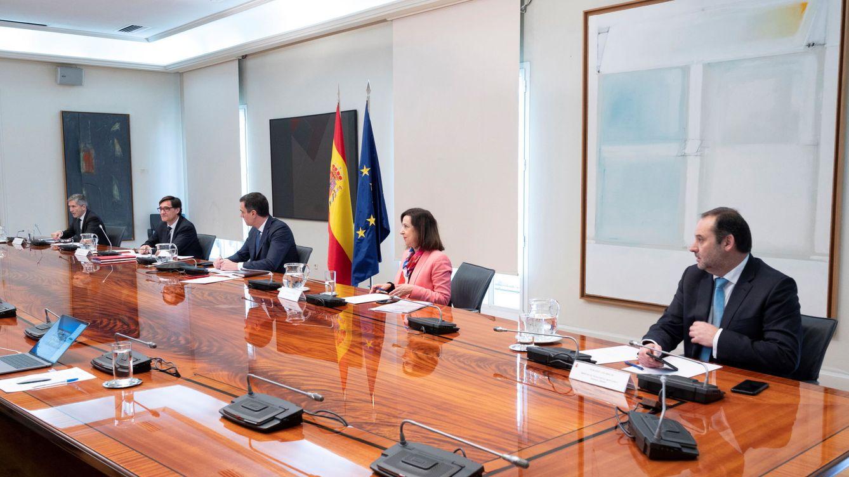 Sánchez pide a las CCAA una lista de hoteles y espacios para separar a los asintomáticos
