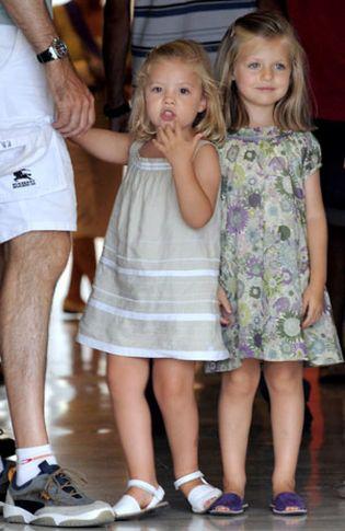 Foto: Letizia viste a las infantas de Zara