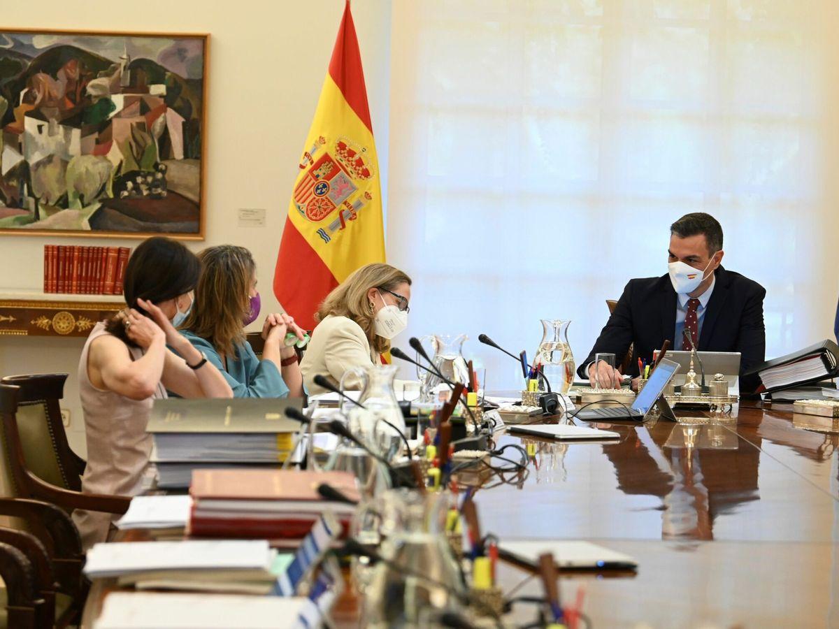 Foto: Imagen de archivo de la última reunión del Consejo de Ministros. (EFE)
