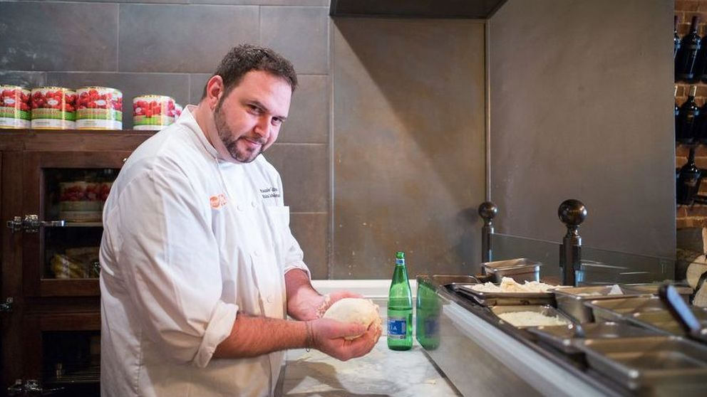 Este chef asegura que la dieta de la pizza le ayudó a perder peso, y mucho