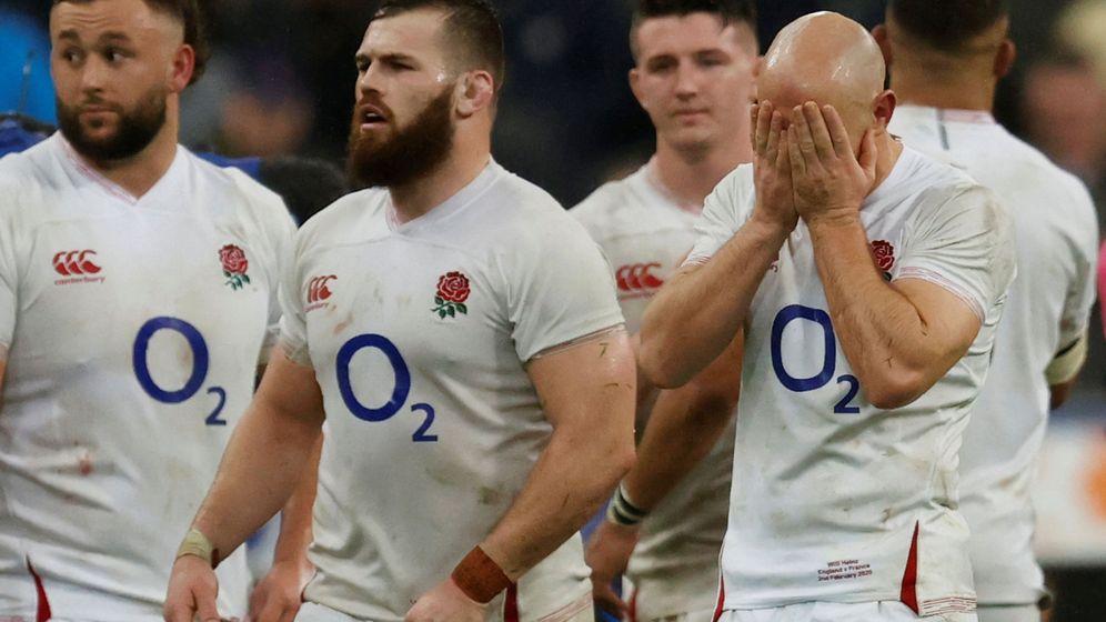 Foto: Los jugadores ingleses, derrotados claramente en Francia. (Reuters)