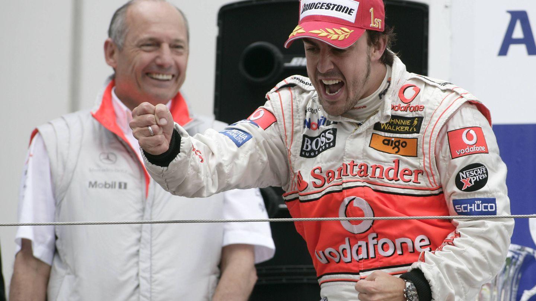 Fernando Alonso y Ron Dennis en su primera etapa juntos.
