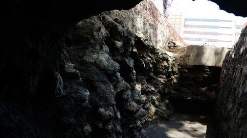Arqueólogos hallan restos de edificio ceremonial azteca