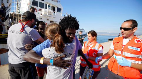 Sin testigos: los migrantes ocultos en un polideportivo de Málaga