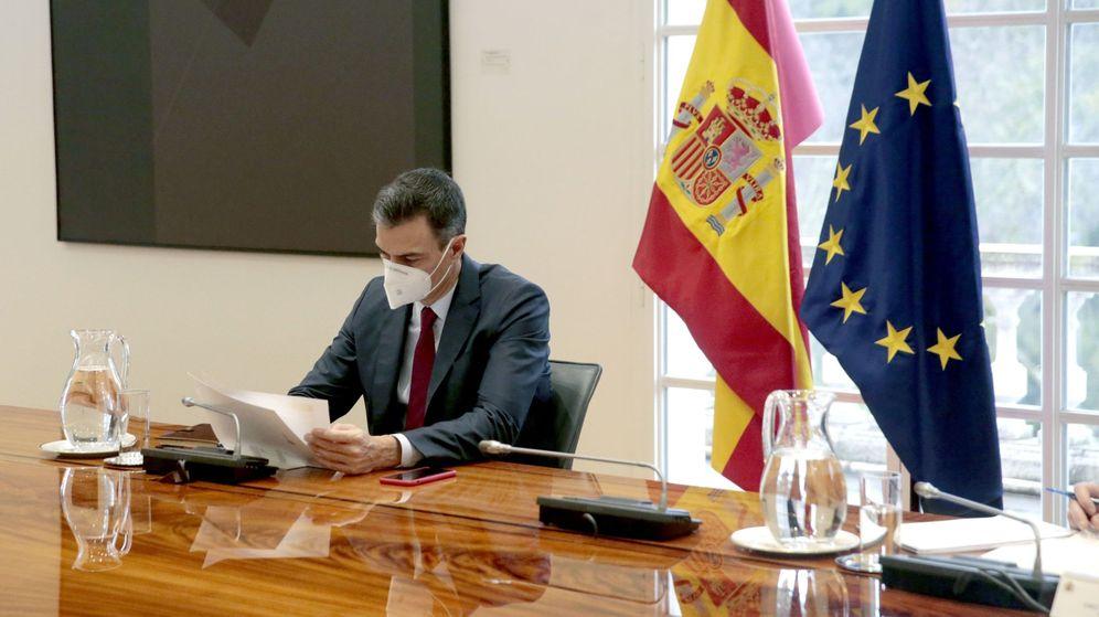 Foto: El presidente del Gobierno, Pedro Sánchez, durante la reunión del Comité de Seguimiento del Coronavirus. (EFE)