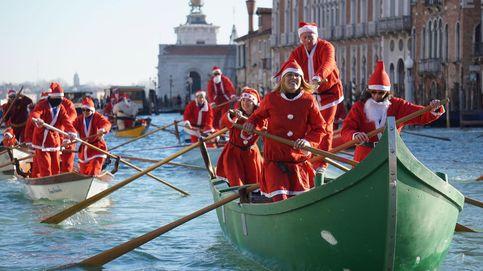 Papá Noel llega en góndola