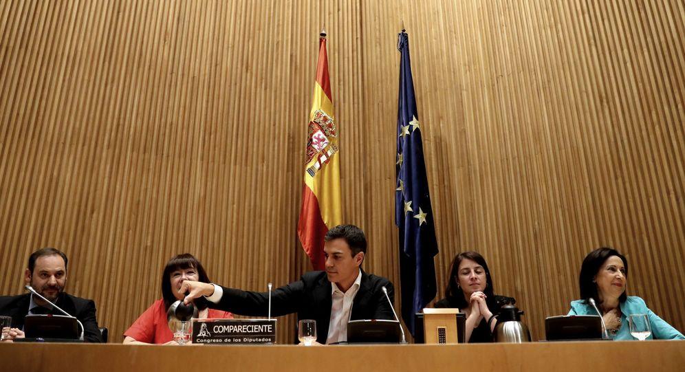 Foto: Pedro Sánchez, este 20 de junio, durante la reunión con el Grupo Socialista en el Congreso. (EFE)