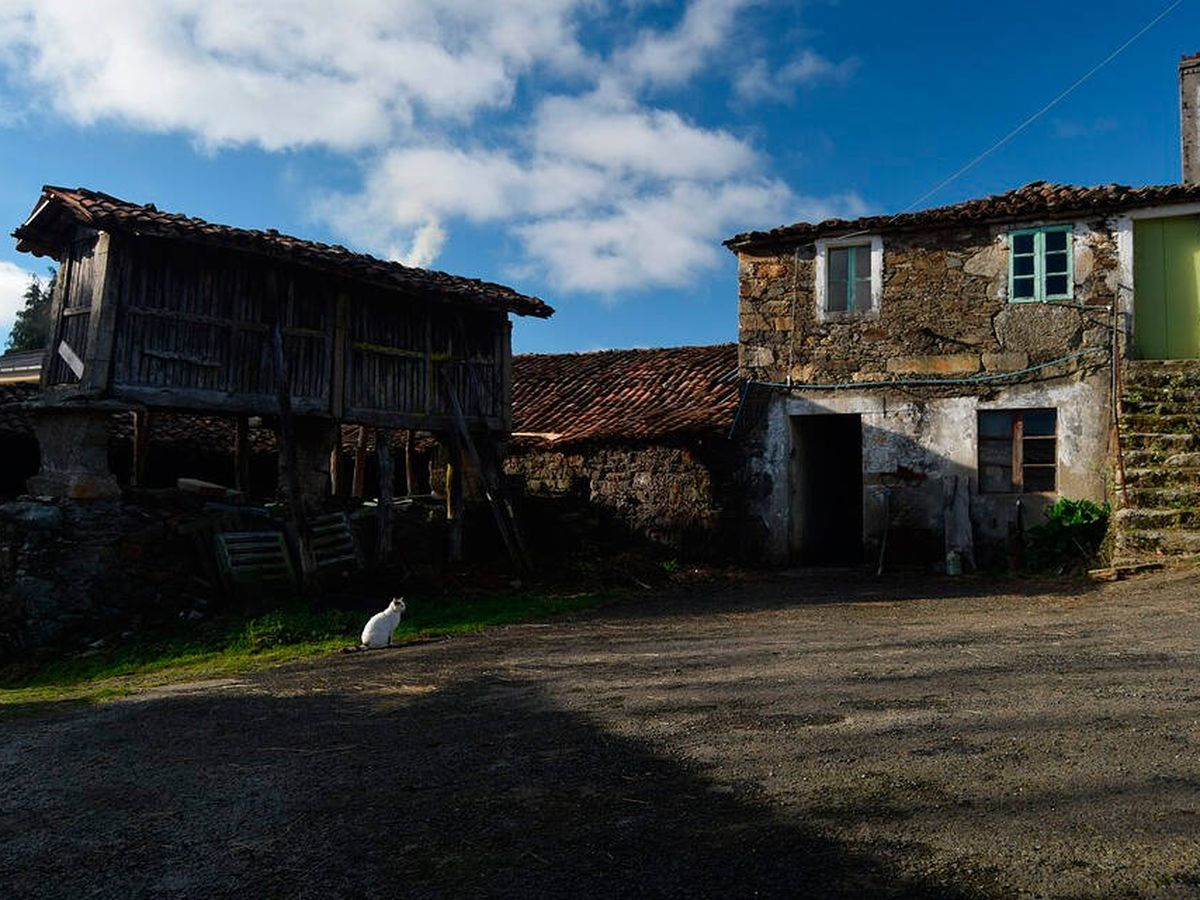 Foto: La aldea en venta tiene una docena de casas que necesitan inversión. (Pixabay)