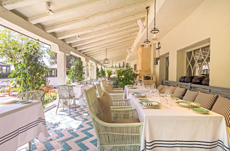 Restaurantes el jard n de la m quina una casa de campo for Casa y jardin abc color