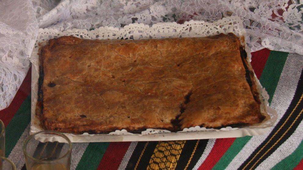 Cómo hacer en casa una coca de tonyina: una delicia alicantina