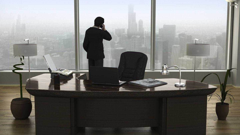 Un directivo, en su oficina. (iStock)