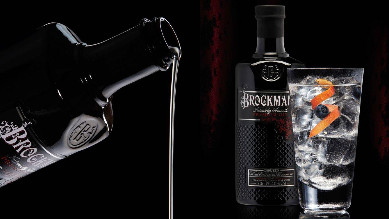 Foto: 50 ml de Brockmans Gin, una tónica premium con una burbuja fina y elegante, hielo abundante en la copa, un twist de pomelo rosa y dos arándanos azules es la receta que la marca recomienda para el pleno disfrute.