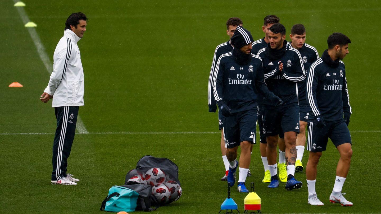 Solari, en su primer entrenamiento como técnico provisional del Real Madrid. (EFE)