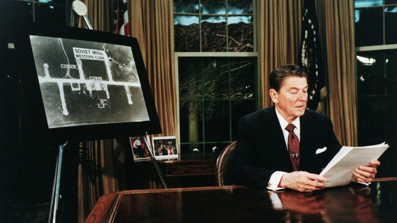 Reagan anuncia la iniciativa Star Wars para neutralizar la capacidad nuclear soviética
