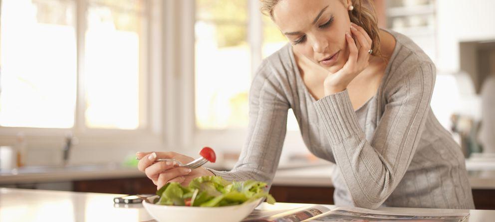 Foto: Durante los días de ayuno la ingesta alimenticia se limita a las 500 calorías. (Corbis)