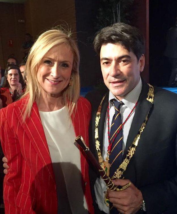 Foto: David pérez, a la derecha, con Cristina Cifuentes