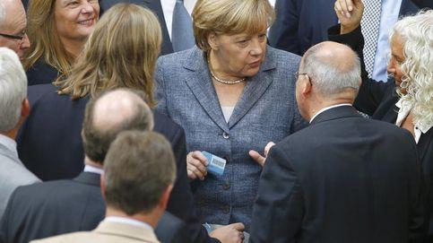 Grecia amenaza con resquebrajar el poder de Merkel