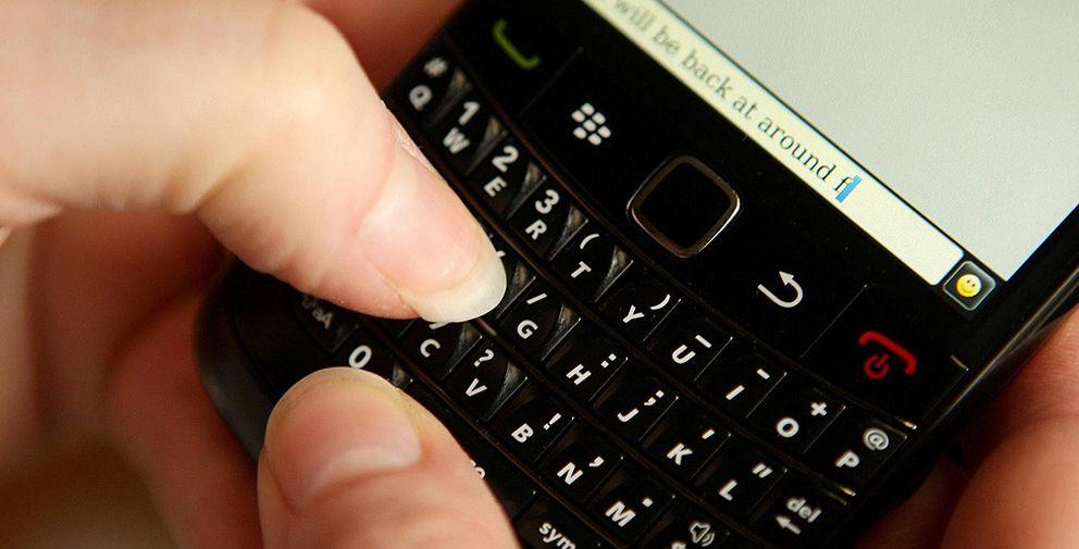 Blackberry considera dejar los móviles porque no puede hacer dinero con ellos
