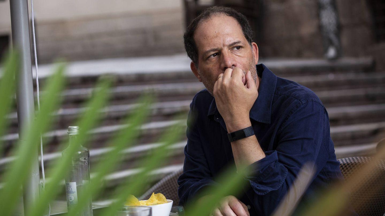 Simon Kuper, durante un momento de la entrevista. (A. M. V.)