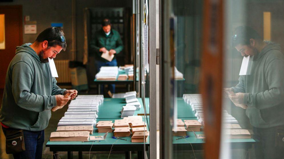 Foto: Elecciones generales en Barcelona (EFE)