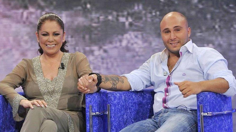 Foto: Isabel Pantoja y Kiko Rivera en 'Supervivientes 2011'. (Mediaset España)
