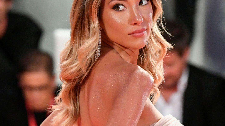 La modelo también apostó por Nabla para su labial, el tono Allusive. (Reuters)