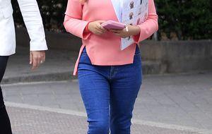 La hija de Isabel Pantoja por primera vez en un plató de televisión