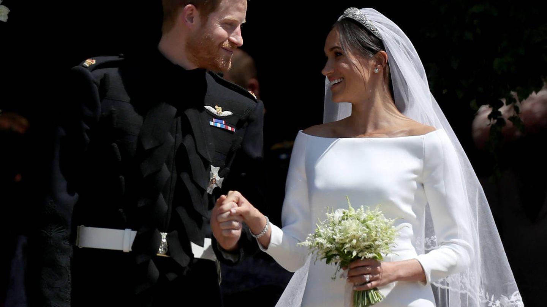 El escote barco fue el protagonista de su vestido de novia. (Getty)