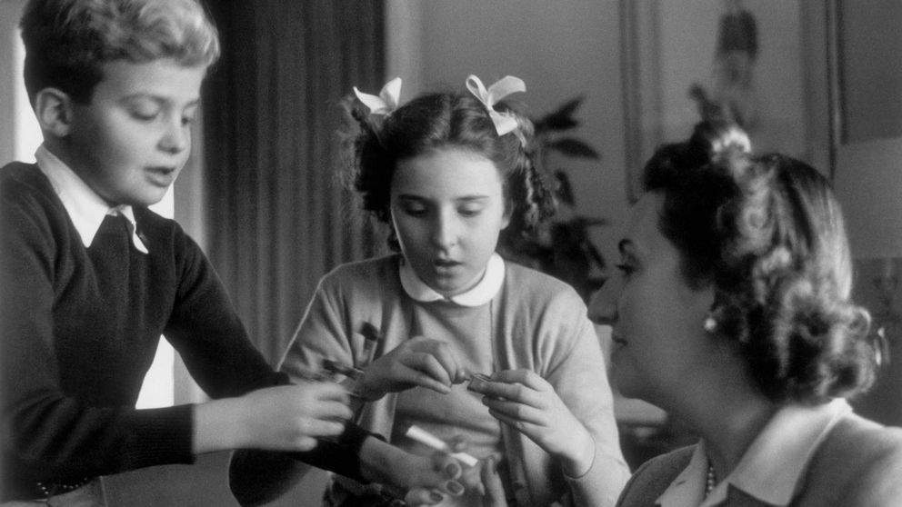 La vida de la infanta Pilar de Borbón, en imágenes