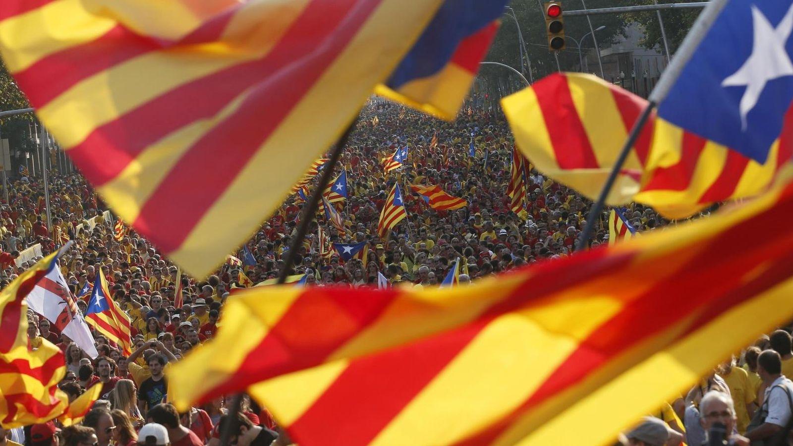 Foto: Una imagen de las calles de Barcelona durante la Diada celebrada en 2013. (Reuters)