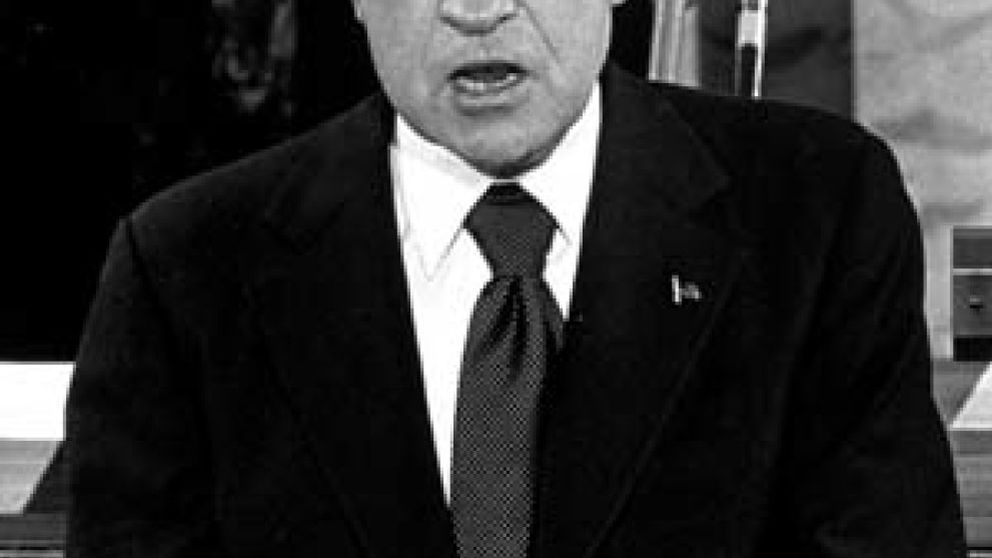 Nixon tuvo una relación homosexual con un banquero