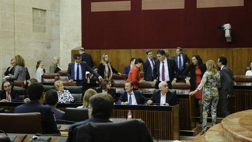 Andalucía aprueba que los diputados sumen al sueldo dietas como concejales