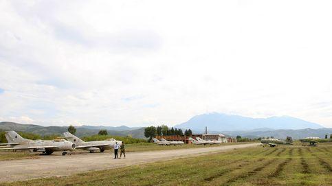 Los viejos cazas MiG-15 'olvidados' en Albania