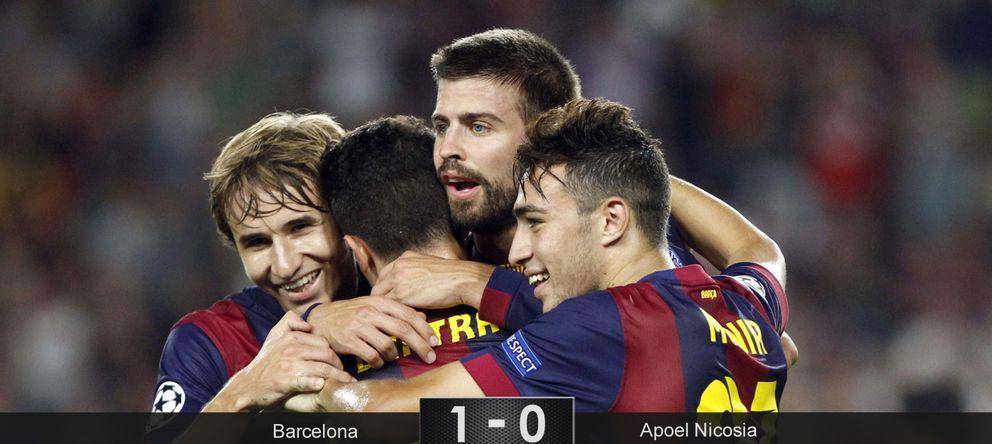 Foto: El Barça se olvida del gol en un eterno e inofensivo recital de pases ante el APOEL