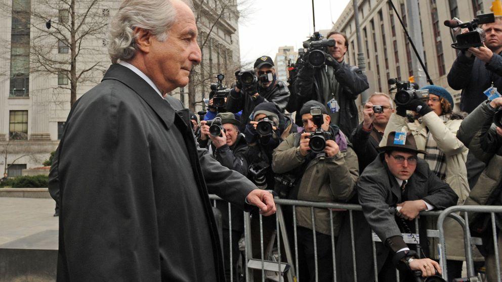 Desde un clip de oro a relojes Rolex: a subasta los bienes de Bernie Madoff