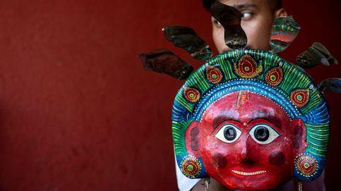 Celebración del Festival Seekaali y Fiesta Nacional del 12 de Octubre: el día en fotos