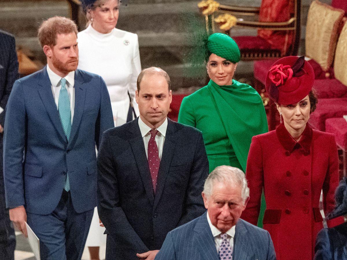 Foto: El príncipe Harry, Meghan Markle y el príncipe Guillermo. (Reuters)