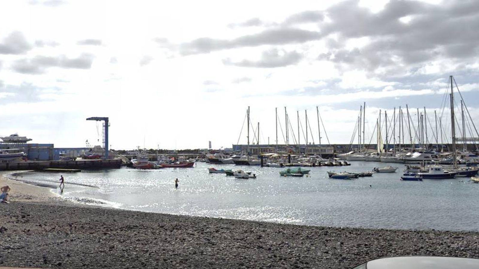 En estado crítico una mujer por ahogamiento en la Playa de Las Galletas (Tenerife)