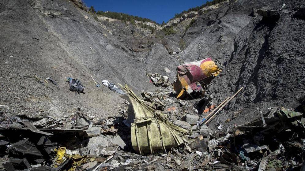 Foto: Los restos del Airbus de Germanwings que se estrelló contra los Alpes franceses. (Reuters)