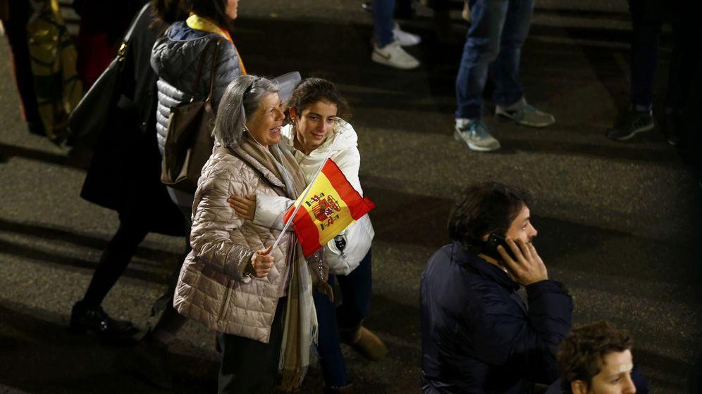 Foto: Votantes del PP congregados en Génova en la noche electoral del 20-D. (Reuters)