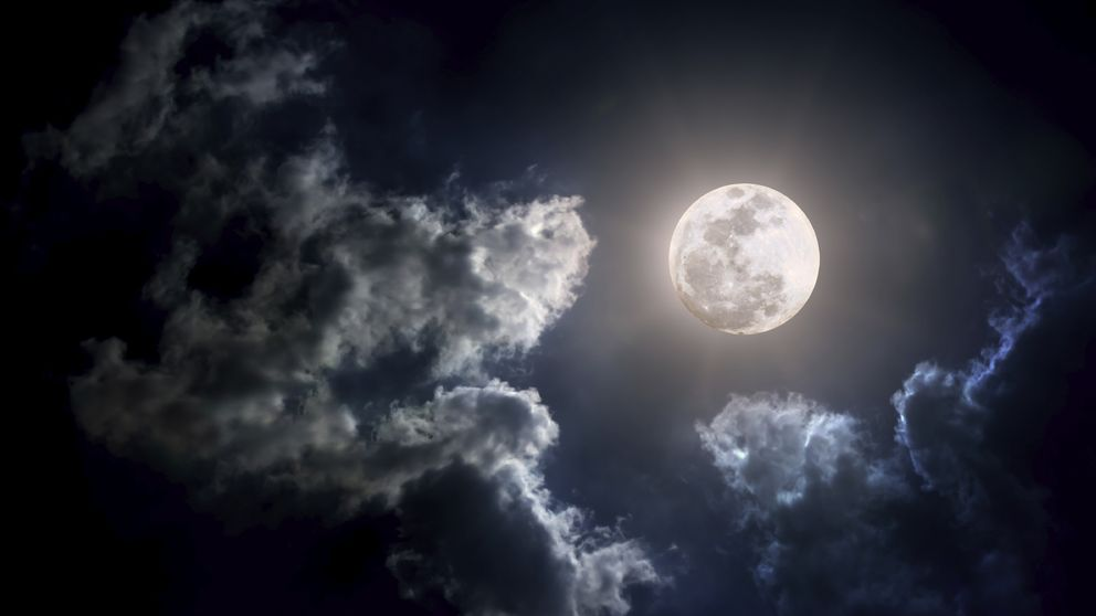 Los peores augurios: hoy es viernes 13 y hay luna llena