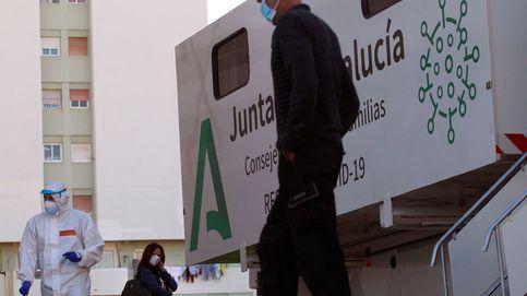 Andalucía suma 4.900 contagios, mayor dato en 2 meses, y sube su incidencia a 298
