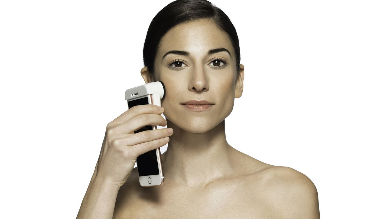 Neutrógena SkinSkanner te dice qué necesita tu piel.